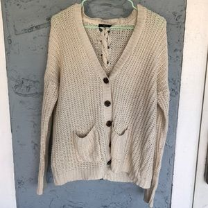 FLASH SALE✨ CREAM KNITTED CARDIGAN